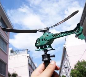 Lentävä leluhelikopteri