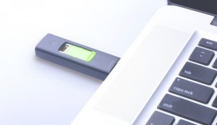 USB-tupakansytytin - Vihreä