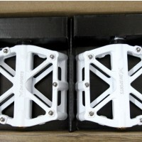 DH Sports - bicycle pedals
