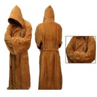 Tyylikäs Jedi -kylpytakki suurella hupulla ja leveillä hihoilla.