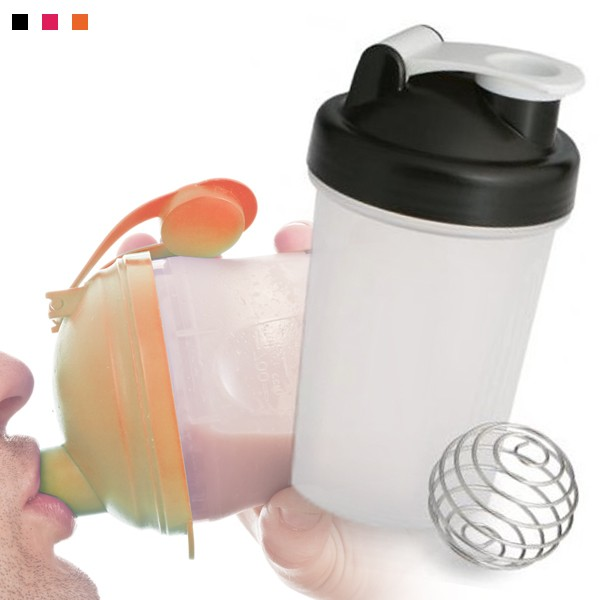 2x Shakers