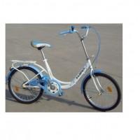 20-tuumainen naisten city-polkupyörä tarakalla. Sekä tanko, että satula on helppo säätää sopivan korkuisiksi.