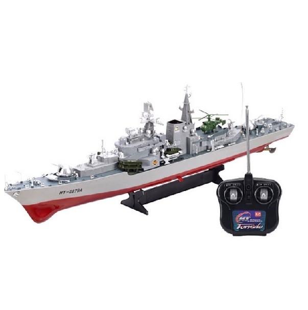 Radio-ohjattava sotalaiva.