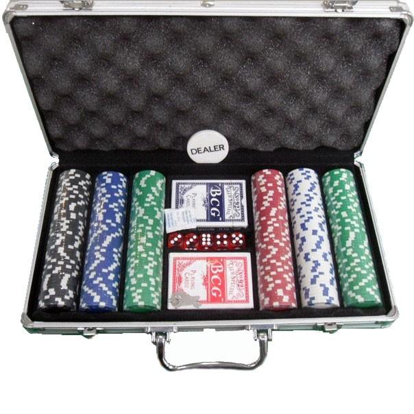 Texas Hold'em pokerisetti metallisalkulla