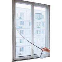 Praktisk myggenet til vinduer. Gær det muligt at lufte ud, uden at få besøg af myg og andet kryb.Du kan selv skære nettet til, og der medfølger velcro.