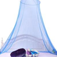 Varmista että nukut yösi rauhassa myös kesällä ja varusta sänkysi tällä hyttysverholla.