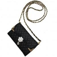 Det perfekta fodralet för att bära telefonen med stil. Kan användas både som en plånbok och som en aftonväska med bärrem.