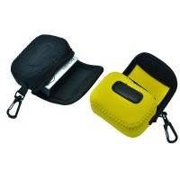 Pehmeästä ja suojaavasta materiaalista valmistettu säilytyspussi action -kameroille.