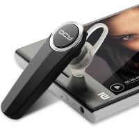 QCY:n valmistama Q8 on todella näppärä perushandsfree, joka soveltuu hyvin lähes puhelimelle kuin puhelimelle. Viiden tunnin puheaika ja 180 tunnin standby-aika takaa, että handsfree kestää käytössä kovemmallakin puhujalla.