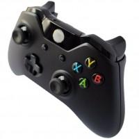Uudessa Xbox Onen ohjaimessa on 40 uutta toimintoa edelliseen verrattuna! Tässä on kaikkien aikojen paras ja kehutuin ohjain! Varaohjaimeksi tai moninpeleihin!
