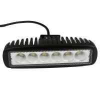 Epistar LED-yleisvalaisin auto- ja työkonekäyttöön on erinomainen peruutusvaloksi tai valaisemaan esimerkiksi kuormatilaa. Valotehoja tästä tehokkaasta 18W / 12V LED-yleisvalaisimesta löytyy huikeat 1320lm. IP67-koteloluokitus suojaa lamppua vedeltä ja pölyltä, eli lamppu on omiaan kovaan käyttöön.