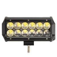 LED-lisävalo 4D-valokennolla on tosi tykki valaisimeksi! 36 watin ja 12 ledin voimalla tuotettu 3000 lumenin valokeila leikkaa pimeyttä vaivattomasti.
