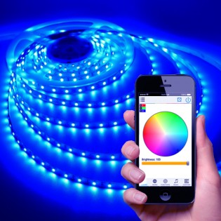 Kännykkäohjattava LED-valonauha 5m