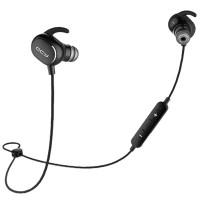QCY QY19 langattomat Bluetooth-nappikuulokkeet vapauttavat sinut johtosotkuista. Ne on varustettu äänieristyksellä, joten voit keskittyä musiikkiisi. Loistavat kuulokkeet salille, juoksuun ja muuhun urheiluun. Mikrofonin avulla puhut ystävillesi samalla kun treenaat itsesi rantakuntoon.