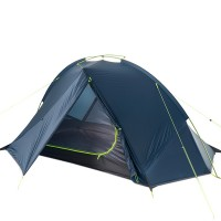 Yhden hengen ultrakevyt teltta painaa vain reilun 1kg ja vie pakattuna todella vähän tilaa. Silikonipinnoitteen ansiosta teltta on veden- ja tuulenpitävä.