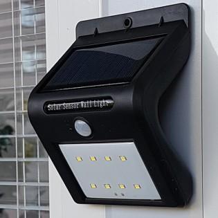 Solaris LED utomhusbelysning med rörelsesensor - Svart