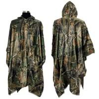 Med denne rummelige regnfrakke med en hætte, kan du holde dig tør i selv den vildeste regn.