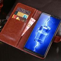 Tyylikäs nahkainen flipcover-tyyppinen suojakotelo Blackview P10000 -puhelimelle. Suojakuori sisältää muutamia taskuja kortteja tai käteistä varten.