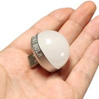 Suoraan USB-portin kautta virtapankkiin liitettävä minilamppu on kätevä lisälaite, jolla teet virtapankistasi taskulampun! Sopii myös tietokoneeseen lisävaloksi.