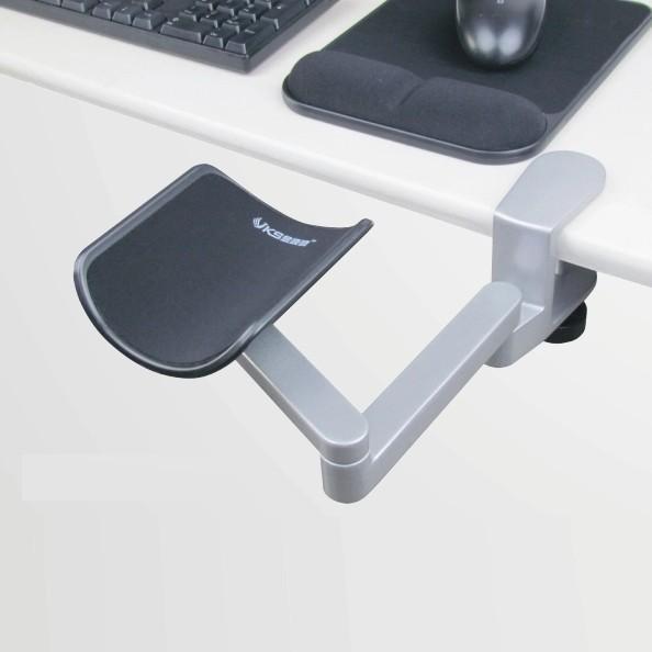 Kyynärtuki työpöytään