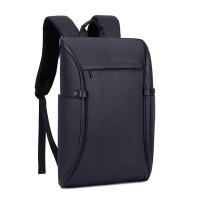 Vattentät ryggsäck som också stöldskyddad. Ryggsäcken öppnas helt vilket gör den till en bra resväska. Bra kvalitet till bra pris.