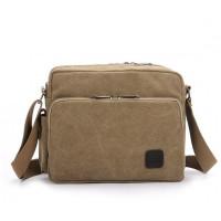 Tyylikäs miesten olkalaukku neljällä eri värivaihtoehdolla. Olkalaukku sisältää paljon erilaisia taskuja sekä laukun etu- että takapuolella. Kannat laukussasi vaivatta iPad minin, kännykän, lompakon, avaimet ja muut tarpeelliset tavarasi.