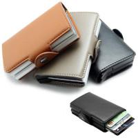 RFID-skyddad korthållare med två pop-up-fodral. Plats för minst 12 kort och sedlar för säker förvaring. Förhindrar att någon kan skanna dina kort i fickan.