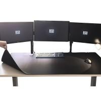 Jättikokoinen pelihiirimatto peittää lähes koko pöydän pinta-alan. 120 x 60 cm kokoisen hiirimaton pinta on hiiren tassuille ja sensorille optimaalinen.