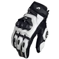 Furygan AFS6 ajohanskat pitävät kätesi suojattuina onnettomuustilanteissa. Hanskoissa on kova suojus rystysille ja sormien nivelille, sekä kämmenpuolella.