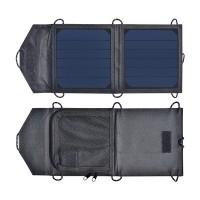 Pieni, taittuva 6W aurinkopaneeli, jonka voit kiinnittää vaikkapa reppuun tai rinkkaan. USB-liitännästä lataat mobiililaitteet näppärästi luonon helmassa.