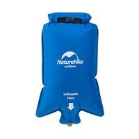 Naturehike-makuualustojen täyttäminen sujuu vielä helpommin tällä lisätarvikkeella, joka toimii tarvittaessa myös pienten esineiden vesitiiviissä säilyttämisessä.