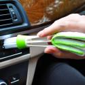 Auton ilmastoinnin puhdistusharja