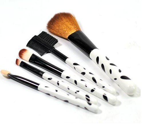 Make up borstar