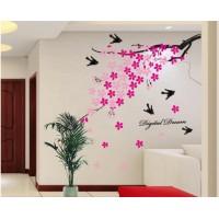 Helposti asennettavilla ja näyttävillä seinätarroilla piristät helposti huoneen tunnelmaa ja luot uuden ilmeen ilman suurta tapetointi- tai maalausurakkaa.