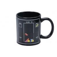 Kaipaatko piristystä aamuväsymykseen? Tämä hauska muki muuttaa kuvitustaan, kun kaadat siihen kuumaa kahvia tai teetä ja sen eläväisyys herättää sinut väsyneimpinäkin hetkinä.