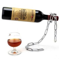 Supersnygg vinflaskställning som får det att se ut som att din vinflaska svävar i luften!